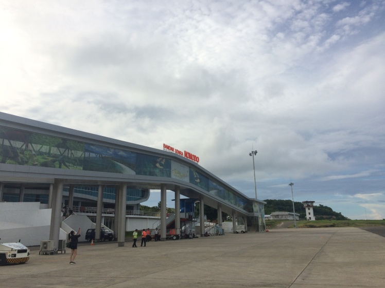 Bandaranya sepi tapi baru